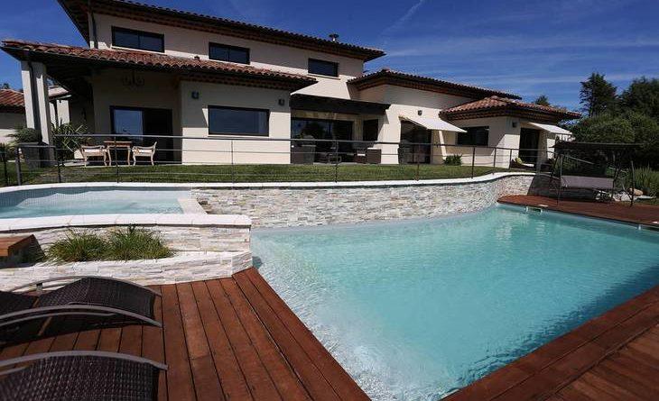 Belle maison Haut de gamme 16 Kms nord Toulouse